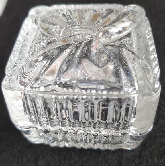 💎3 for $16: Yugoslavian Crystal Trinket Box